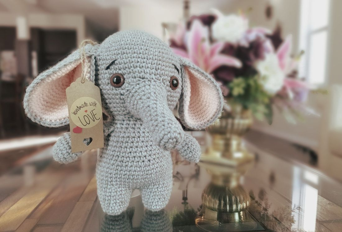 Pink crochet elephant pattern - Amigurumi Today | 746x1100
