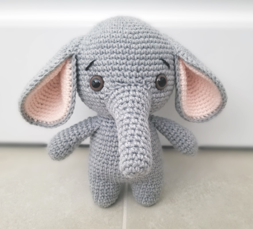 Ravelry: mini elephant amigurumi pattern by mohu | 800x882